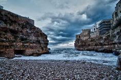 the cove heavy seas - Polignano a Mare