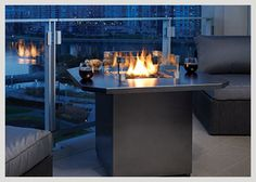 Regency Plateau® PTO28CIT  The new 36-inch table top is available in either Iron Grey or Stainless Steel. You can further customize the fire table with the choice of multiple firebed options.  The Regency Plateau is crafted from the highest quality materials and durable construction; built to withstand the outdoor elements #WheatlandFireplace #Regency #ShopLocal #Saskatchewan 625 1st Ave North Saskatoon, Saskatchewan  946 Park St. Regina, Saskatchewan http://www.wheatlandfireplace.com