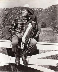 Gene Autry 1947 Friendship Club Picture