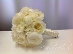 Bridal bouquet #wedding #bride #flowers #beautiful #white #peonies