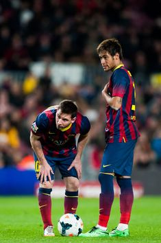 Leo Messi and Neymar Santos Jr of FC Barcelona look on during the La Liga match between FC Barcelona and UD Almeria at Camp Nou on March 2, 2014 in Barcelona, Catalonia.