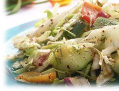Disfruta de una rica y fácil receta de Ensalada Fresca.