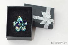 Pendentif fleur bleu saphir et turquoise avec Feuille d'or 24 carats - BijouxMurano.fr