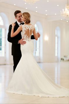 stella-york-wedding-dresses-13-021817mc