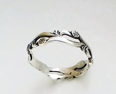 Sterling Silver band ring Dandelions wedding by expressyourself, Gems Jewelry, Silver Jewelry, Silver Rings, Silver Cuff, Indian Jewelry, Infinity Band Ring, Bridesmaid Rings, Sterling Silver Filigree, Rings