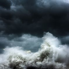 Powerful Photos of Crashing Waves Set Against a Dark Sky - My Modern Metropolis
