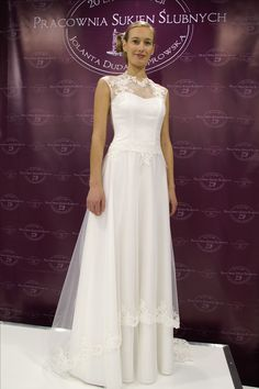 Kolekcja 2017 na Targach Ślubnych. Eleganckie i wyjątkowe suknie ślubne. W stylu boho i vintage. Lekkie i subtelnie wykończone. Proponujemy  indywidualnie dedykowane suknie ślubne.