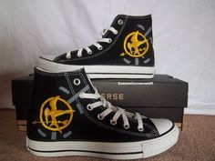 These ROCK! Have always wanted a pair of converse, and if I saw these anywhere, they would be MINE!