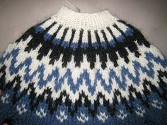 Here is a description with picturess and text on how to knit a Icelandic Sweater. Knitting Patterns Free, Knit Patterns, Free Knitting, Free Pattern, Icelandic Sweaters, Fair Isle Pattern, Fair Isle Knitting, Knitting Projects, Knitted Hats