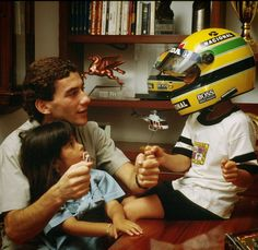 """Bruno Senna posta foto antiga e faz homenagem a Ayrton: """"Tio e exemplo""""…"""