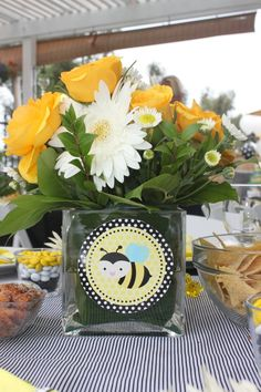 kit center pieces client adds flower