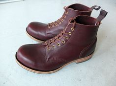 Brand new William Lennon Field Boots, burgundy zug grain, leather sole