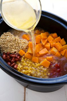 Delicious Slow Cooker Butternut Squash, Chicken, and Quinoa Soup - will leave out chicken to make vegan