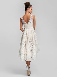 Cocktail Party / Prom / Homecoming / Wedding Party Dress - Ivory Plus Sizes / Petite A-line / Princess V-neck Asymmetrical Lace - USD $ 89.99