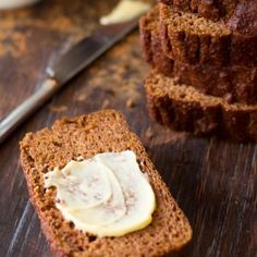 Simple and delicious, perfectly spiced Paleo Pumpkin Bread that& hearty yet tender and moist, great alone as a breakfast bread or snack, or toasted! Paleo Pumpkin Bread, Paleo Bread, Paleo Baking, Baking Recipes, Pumpkin Spice, Paleo Pumpkin Recipes, Paleo Food, Gf Recipes, Vegetarian Recipes