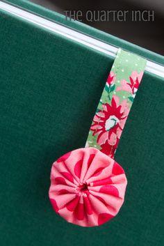 Free pattern - Yo-Yo Bookmarks @ Moda Bake Shop