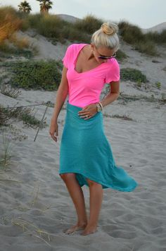 neon pink tee w/ teal high low ~ perfect for the beach.