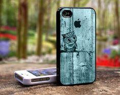 Romantic Owl iphone 5 case iphone 4 case. $16.84, via Etsy.