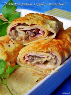 Zapiekane naleśniki z szynką i pieczarkami. Egg Recipes, Appetizer Recipes, Snack Recipes, Dinner Recipes, Cooking Recipes, I Love Food, Good Food, Yummy Food, Food L