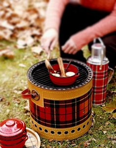 Scottish picnic ware. This is even more beautiful if actually used in Scotland!