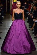 Oscar de la Renta Fall 2015 RTW Runway - Vogue