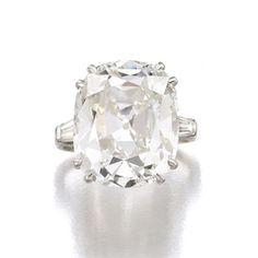 Gina Lollobrigida's magnificent Bulgari jewels for sale by Sotheby's, Geneva.