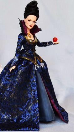 Disney Limited Edition Dolls : Photo