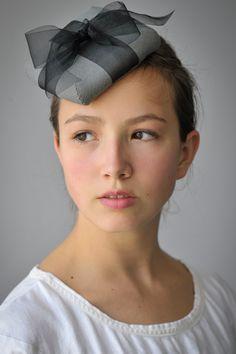Renee Roeder-Earley, ACE, #fiber wearable artist 2015 #hat #black #grey