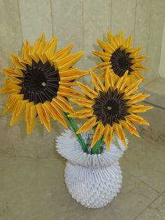 Evelyn's 3D Origami Sunflowers