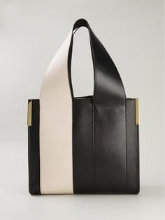 Chloé 'Beach Bag' 토트 백 - Farfetch Purses And Handbags, Leather Handbags, Leather Bag, Minimalist Bag, Minimalist Fashion, Creative Bag, Beach Tote Bags, Beautiful Bags, Fashion Bags