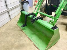 Hooks and hitches for your loader bucket Jd Tractors, Small Tractors, John Deere Tractors, Compact Tractor Attachments, Garden Tractor Attachments, Sub Compact Tractors, Homemade Tractor, Tractor Accessories, Utility Tractor