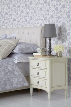 The timeless Henley Collection brings a new twist to country living. Inspired by the countryside and English gardens. Country Decor, Country Living, Drapery Fabric, Curtains, Peter Lee, English Country Style, English Decor, Upholstery, Lavender