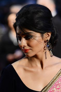 Shriya Saran at The Premiere of Midnight's Children - DesiStarz.com