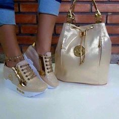 Brand new authentic Michael Kors. Brand new Michael Kors bag in along with Mocha. Mk Sneakers, Cute Sneakers, Sneakers Fashion, Fashion Shoes, Fashion Outfits, Sacs Design, Shoe Boots, Shoe Bag, Hot Shoes