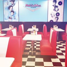 Pink Cadillacs is a new 50's diner located in Willowgrove, Saskatoon. With a delicious burger and malt shop menu, Pink Cadillacs' nostalgic atmosphere will take you back to the fabulous fifties!