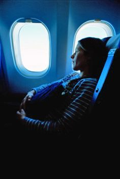 One last time in the holidays – without baby. Many pregnant women want to use the time before the birth again properly and soak up the sun. But flying is allowed in the pregnancy at all?