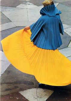 """1972, hey, that means Color Blocking isn't """"new"""".....k"""