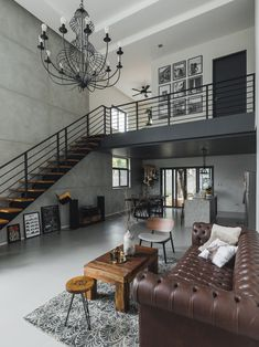 Style Rules This Modern Minimalist Industrial Home Its raw character and rustic appeal draw you in and invite you to take a closer look at its stunning design details Modern Minimalist House, Home Modern, Minimalist Home Interior, Best Modern House Design, Modern Lofts, Minimalist Style, Loft House Design, Loft Interior Design, Industrial Interior Design