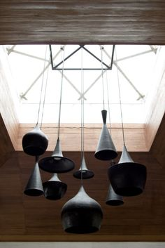 Love the natural light and the hanging ceramic pieces