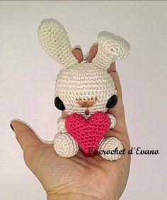 Tuto amigurumi gratuit : Bunny Valentine, le lapin de la Saint Valentinpatron gratis