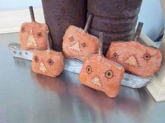 Halloween pumpkin ornies handmade primitive by SweetMeadowDesigns, $13.50