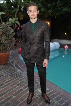 Plus 4 other menswear moves to steal from this week's most stylish men, including David Beckham, Johannes Huebl and Robbie Rogers.