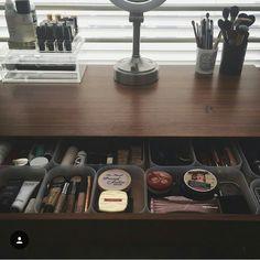 heyclaire makeup vanity