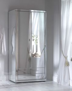 Here we have a stunning mirrored wardrobe from our Romano mirrored bedroom furniture range. A hand crafted Venetian glass mirrored wardrobe Mirrored Bedroom Furniture, Rustic Furniture, Furniture Design, Furniture Ideas, Metallic Furniture, Chest Furniture, Mirrored Nightstand, Furniture Movers, Furniture Removal