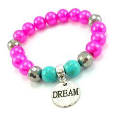 Bransoletka wykonana ręcznie zkoralików różowych pereł- szklanychkulek, srebrnych kryształków, turkusowego howlitu z zawieszką charmsdream.