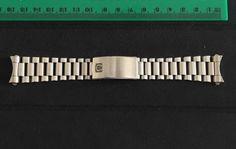 Omega-Speedmaster-bracelet-1450-808-very-rare
