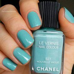 Chanel 527 Nouvelle Vague x2 coats Ухх, ещё один рарный рар попал в мои руки) Фирменный шиммер…»