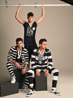 These Campaigns Show Us How Dolce &Gabbana Transformed Gym-wear for Men Dolce & Gabbana, Transform Gym, Nathan Owens, Luxury Watch Brands, David Gandy, Gym Time, Gym Wear, Style Guides, Beachwear