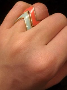 i luv the colors of these rings