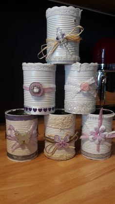 Só latas! Aluminum Can Crafts, Tin Can Crafts, Recycled Tin Cans, Recycled Crafts, Wine Bottle Crafts, Mason Jar Crafts, Formula Can Crafts, Decoupage Jars, Spool Crafts